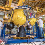 Installation of Ariane 5's EPS storable propellant upper stage